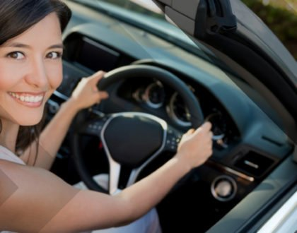Why learning from driving schools is better than driving instructors?